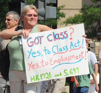 Yes to the CLASS Act 2010 protest sign